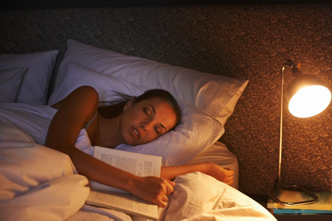 Ученые доказали, что люди могут узнавать новую информацию, пока они спят