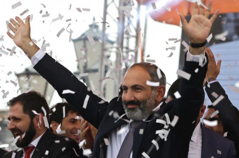 «Прошел год после «Бархатной революции», однако Пашинян не добился незначительного или вообще какого-либо прогресса в выполнении своих обещаний» - статья The Washington Times