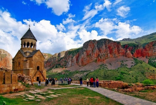 """All this exists in Armenia as well"": Russian tourists consider Armenia as an alternative to Georgia"