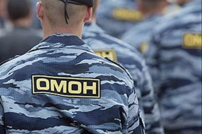 Ծեծկռտուք՝ ռուսների և ադրբեջանցիների միջև. Զոհ կա.քաղաք են մտցվել ՕՄՕՆ-ականները