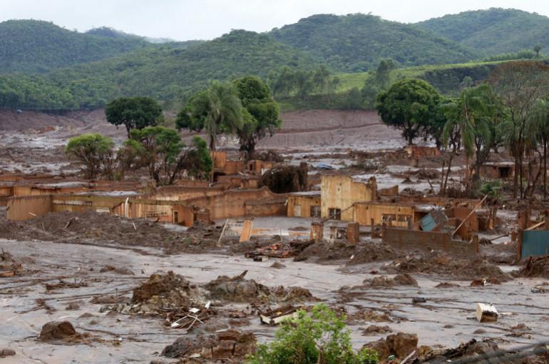 CNN-ը հրապարակել է  տեսանյութ, որտեղ երևում է Բրազիլիայում ամբարտակի փլուզման պահը (տեսանյութ)
