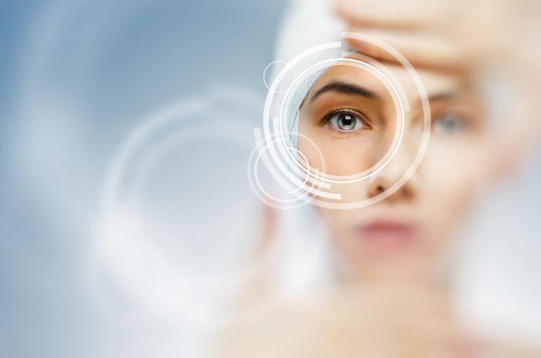Սմարթֆոնի պատճառով ժամանակավորապես կորցրել է  աչքի տեսողությունը