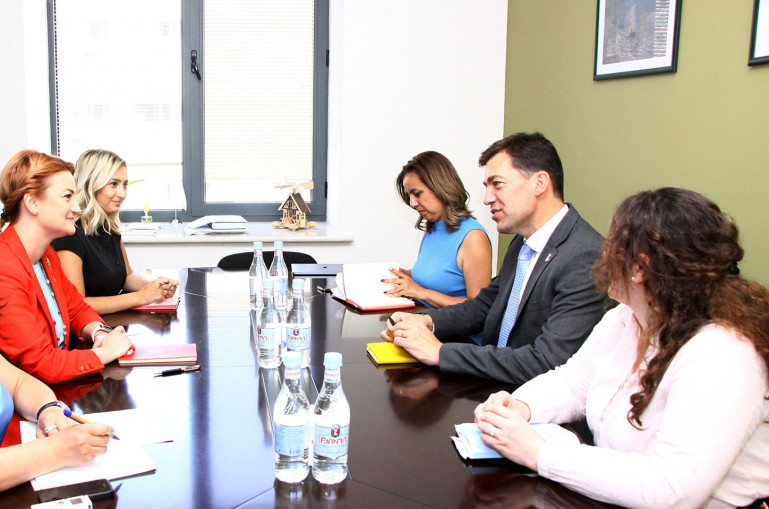 Armenian-British cooperation in educational sector discussed in