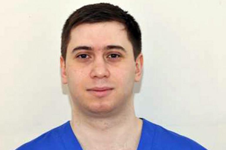 Նա բժիշկ է Աստծու շնորհով.Հայ բժիշկը բուժել է 4-ամյա ռուս երեխային, որին հրաժարվել էին վիրահատել արտասահմանցի մասնագետները
