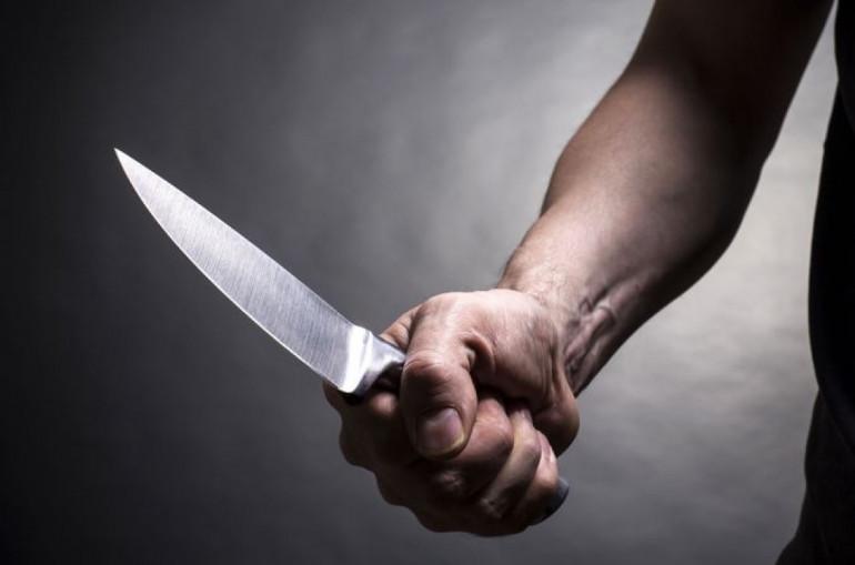 Դանակներով մի քանի անգամ հարվածել է, ապա կտրել  52-ամյա կնոջ պարանոցը