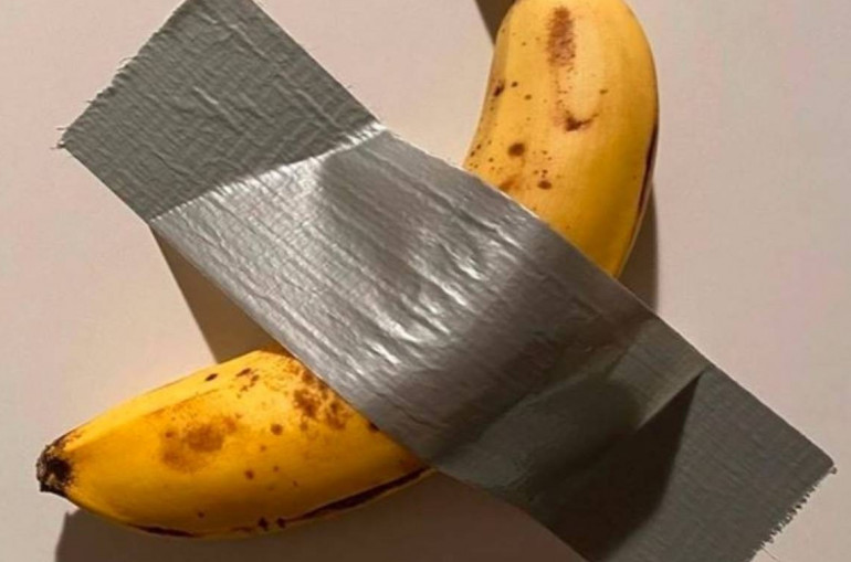 Duct-taped banana work selling for $120,000 at Art Basel Miami