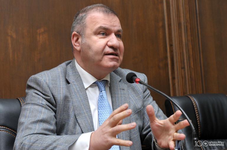 Եվրասիական բանկը Հայաստանին պետք է տրամադրի առնվազն 400 մլն դոլար, իսկ ՌԴ-ն պետք է իջեցնի գազի գինը