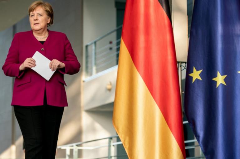 Merkel Says EU Members 'Far Apart' on Recovery, Budget Talks
