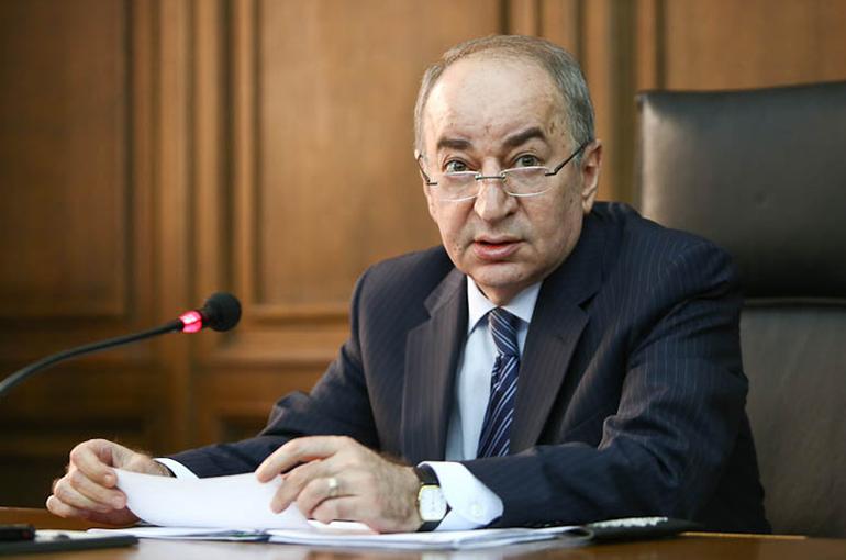 Ձերբակալել են Ռոբերտ Նազարյանին. ստիպում են Սերժ Սարգսյանի դեմ ցուցմունք տալ. Hraparak.am