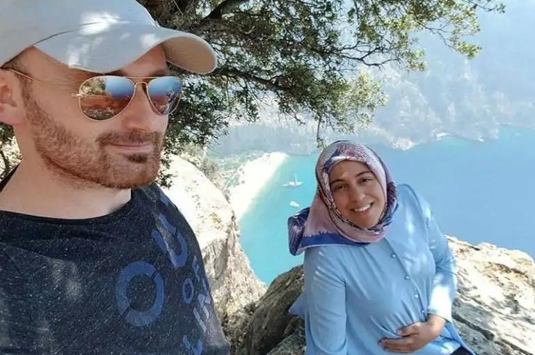 Թուրքիայում ամուսինը հղի կնոջը «սելֆի» անելուց հետո 300 մետր բարձրությունից ցած նետել(ֆոտո)