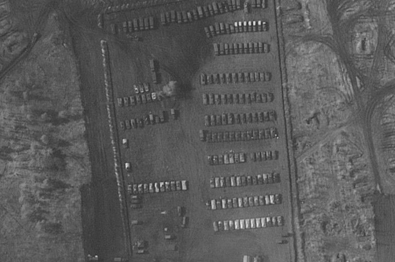Ուկրաինայի սահմանի մերձակայքում հայտնաբերվել է ռուսական ռազմական ճամբար.ծանր տեխնիկա, տանկեր, դաշտային հիվանդանոց
