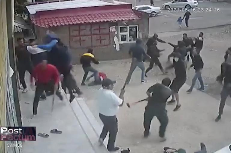 Տեսանյութ.Վրաստանում զանգվածային ծեծկռտուք է տեղի ունեցել վրացիների և ադրբեջանցիների միջև