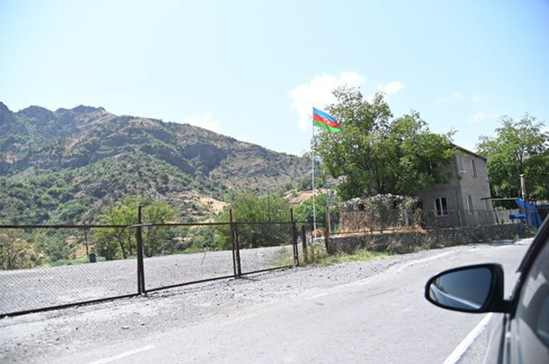 Ադրբեջանի պետական սահմանապահ ծառայությունը հայկական կողմին փոխանցել է տեղեկություն, որ իրենց ուղեկալներից մեկի վրա հարձակում է եղել. ՀՀ ԱԱԾ