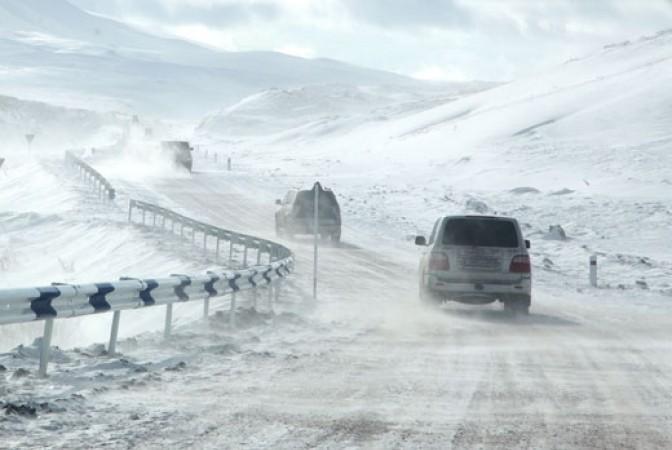 Из-за метели и плохой видимости в Армении закрыта автодорога Берд-Чамбарак