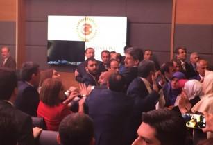 Հայ լինելու պատճառով կանխամտածված հարձակման եմ ենթարկվել. Կարո Փայլանը՝ թուրքական խորհրդարանում ծեծկռտուքի մասին (տեսանյութ)