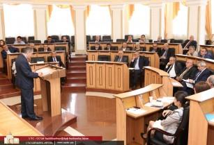 ՀՀ և ԼՂՀ խորհրդարանականները քննարկել են ռազմա-քաղաքական իրադրությանը վերաբերող հարցեր