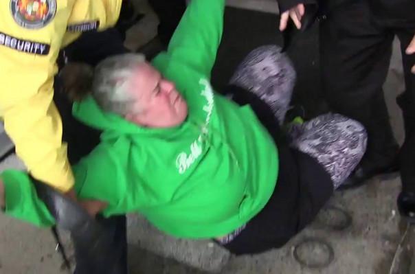 Կանադայի վարչապետի վրա դդմի սերմեր են նետել․ Տեսանյութ