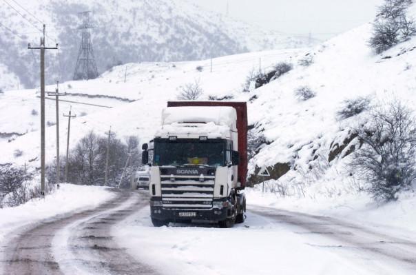 Դիլիջանի ոլորաններում արգելափակումից դուրս է բերվել 85 բեռնատար և 170 մարդատար ավտոմեքենա