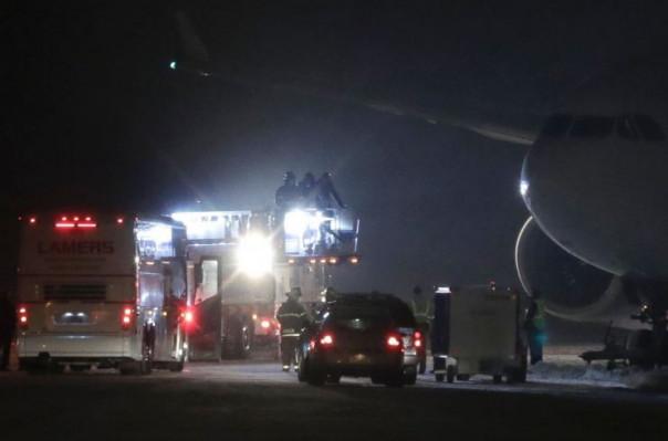 ԱՄՆ-ում ֆուտբոլիստների ինքնաթիռը վայրէջք է կատարել թռիչքուղու սահմաններից դուրս