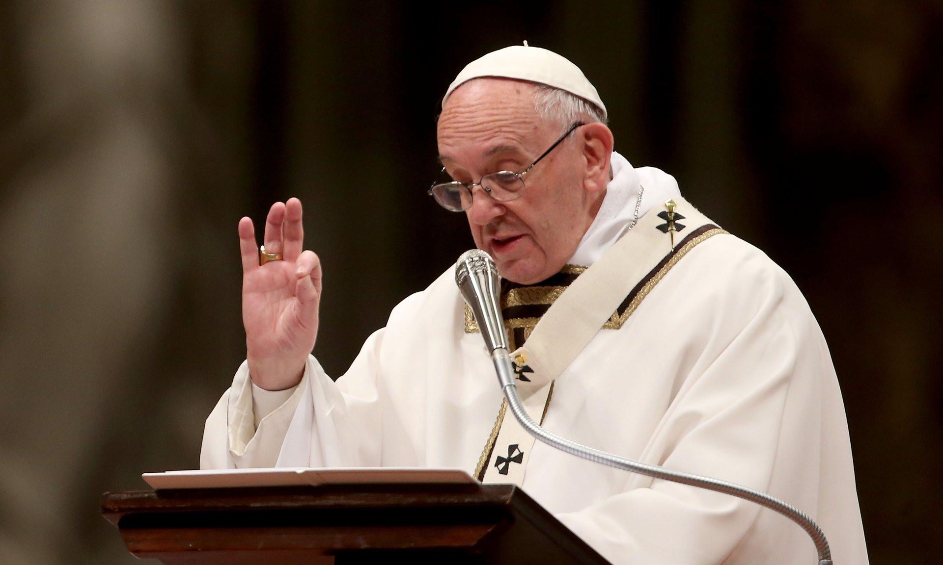 папа римский обратился традиционным рождественским посланием католическому миру