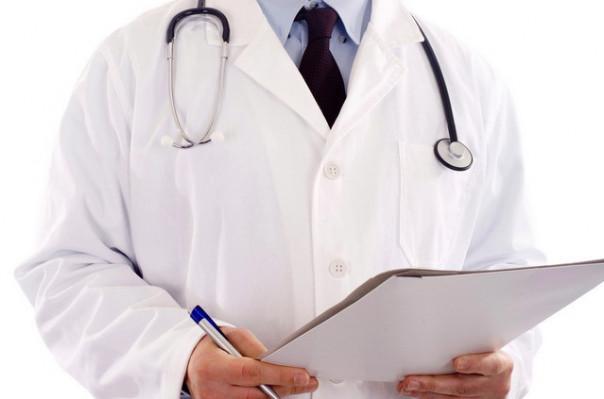50 տարվա գինեկոլոգ եմ, էդքան ծնունդներ եմ ընդունել ու հիմա պախարակվեցի. Կապանում մահացած ծննդկանի բժիշկ