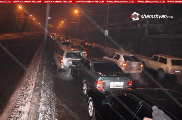 Շղթայական ավտովթար Երևանում. բախվել են 5 ավտոմեքենաներ