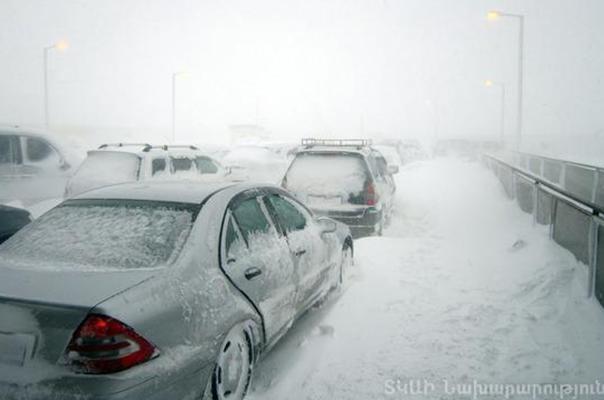 Огромное количество трасс вАрмении закрыты из-за метели