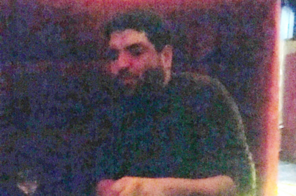 Փնտրվում է երևանյան ակումբներից մեկում խարդախությամբ հեռախոս հափշտակած տղամարդը.ՖՈՏՈ