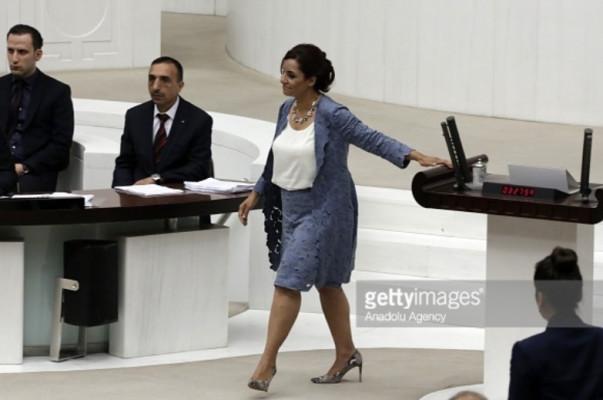 Մեջլիսի հայազգի պատգամավոր Սելինա Դողանը հիշեցրել է Թուրքիայի իշխանություններին հանրաքվեի և Զատկի տոնի օրվա համընկման մասին