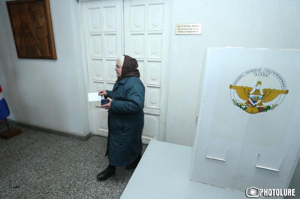 Հրապարակվել է Արցախի սահմանադրական հանրաքվեի քվեարկության արդյունքները