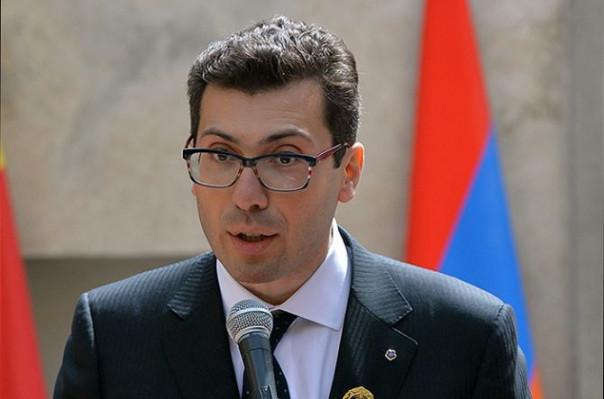 Зять президента Армении призвал невмешивать его вполитические дрязги