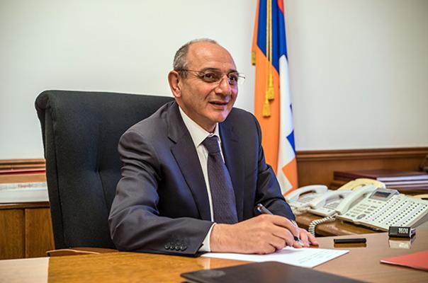 Арцахская освободительная борьба стала одной из величайших побед армянского народа – поздравительное послание Бако Саакяна