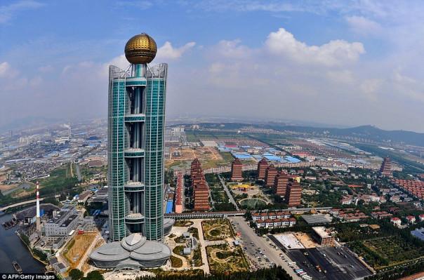 Չինաստանի ամենահարուստ գյուղը, որը համարվում է աշխարհի ամենախորհրդավոր վայրերից մեկը (լուսանկարներ, տեսանյութ)