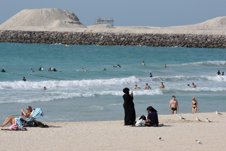 Температура воздуха в ОАЭ перевалила за +50 градусов