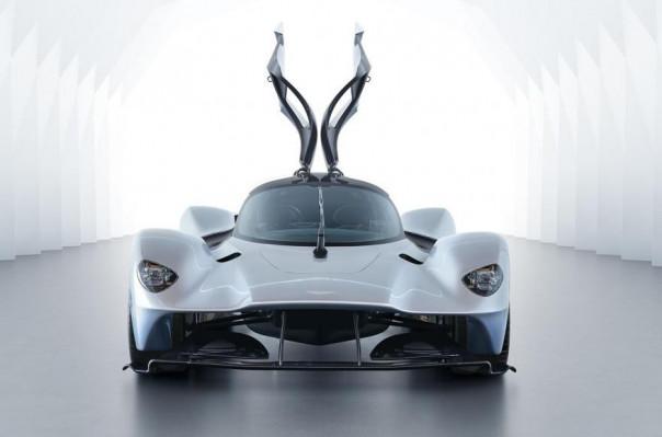 Հրապարակվել են նոր Aston Martin Valkyrie հիպերքարի լուսանկարները (ֆոտոշարք)
